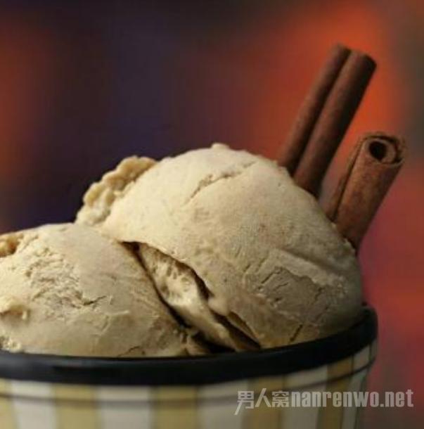 最简单的牛奶冰淇淋